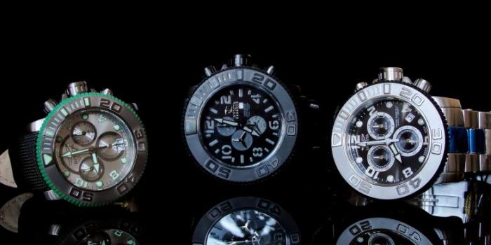 Большие наручные часы Invicta