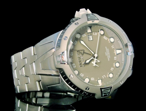 Мужские часы Invicta 0648 Sea Excursion Swiss Made GMT