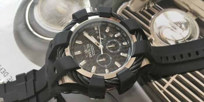 Новинка Invicta Bolt 23855
