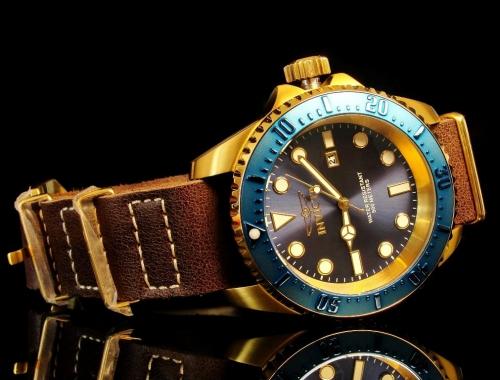 invicta 17581 pro diver hydromax