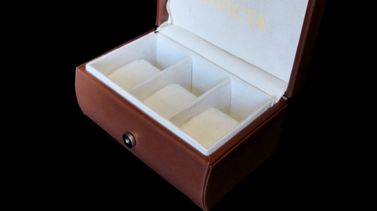 3_slot Подарочная коробочка Invicta - Фото_1