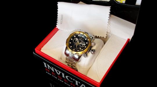 10799 Invicta Reserve Venom - Фото_8